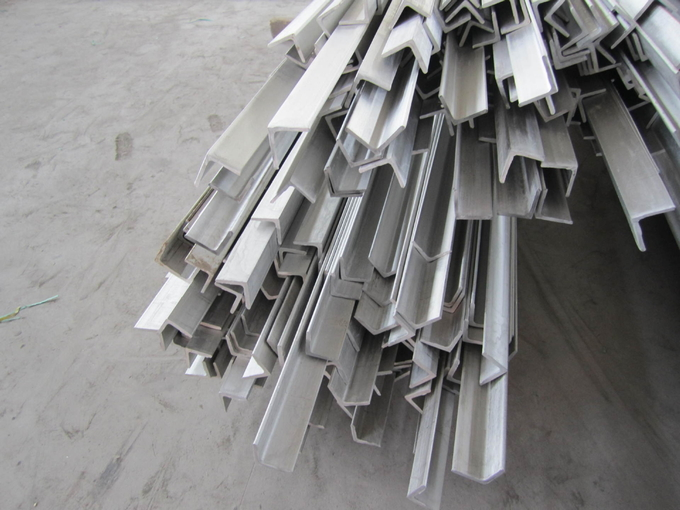 201 304 Hot rolled peeling pickled stainless steel / SS angle bar ASTM